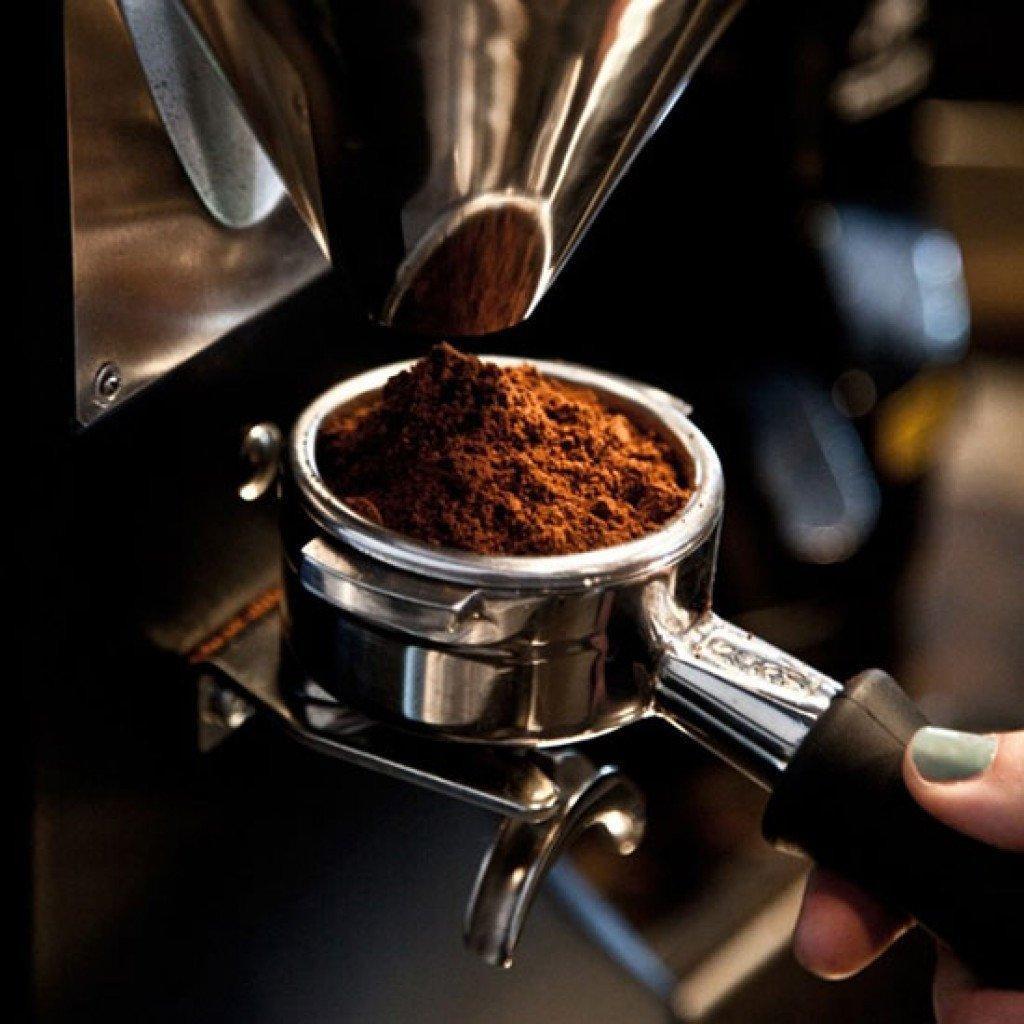 máy pha cà phê chảy chậm