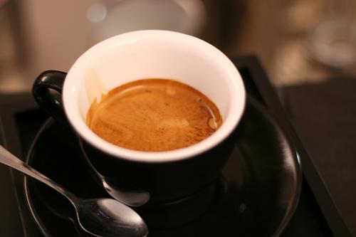 Yếu tố cần lưu ý khi pha cafe bằng máy