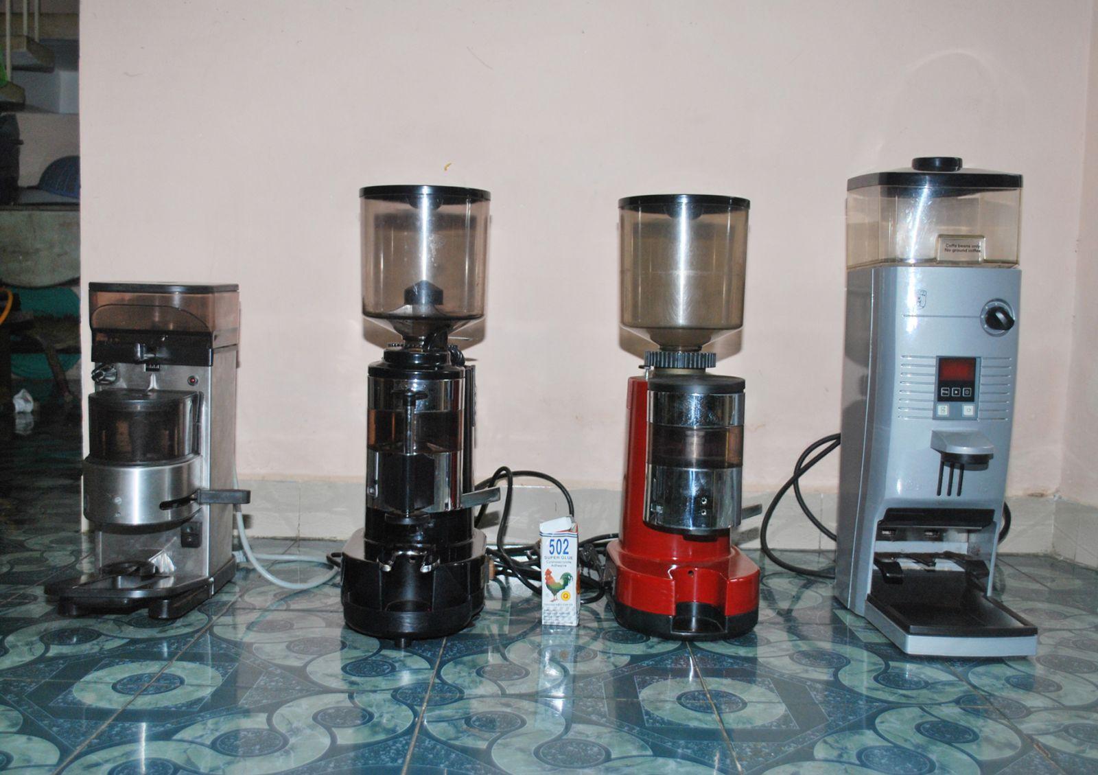 máy pha cà phê espresso mới