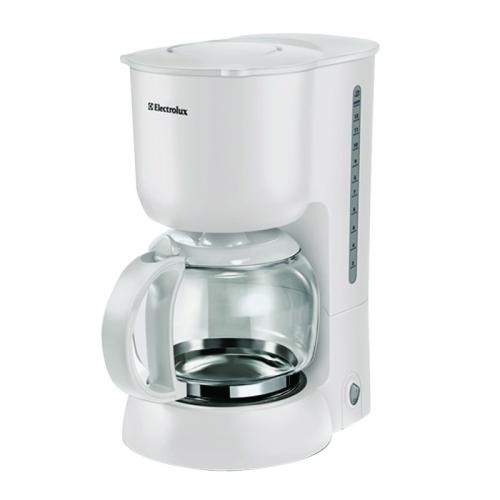 Với thiết kế sang trọng cùng dung tích bình chứa 1.25lít, máy pha cà phê electrolux ecm1250 này còn có chức năng giữ ấm